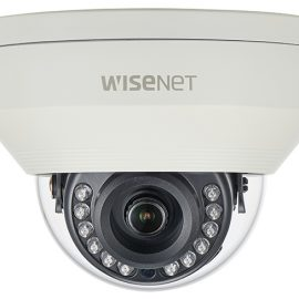 Camera Dome AHD hồng ngoại 4.0 Megapixel Hanwha Techwin WISENET HCV-7030RA